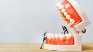Dental Floss vs. Water Flossers: The Benefits and Drawbacks