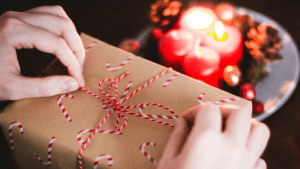 Six Simple Eco-Friendly Tips for a Greener Holiday!